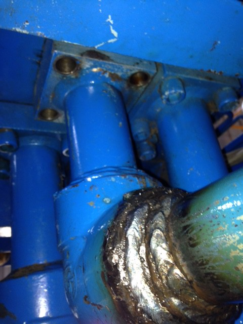 油圧配管補修