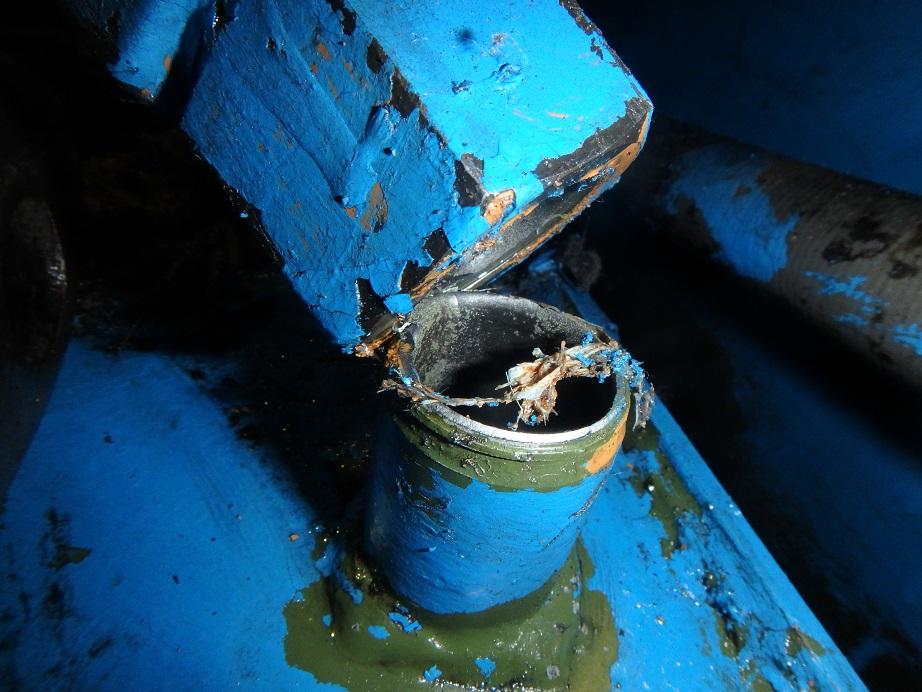 油圧配管補修1